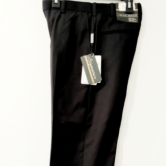 NWT Dress Pants by Signature Size 60 Black